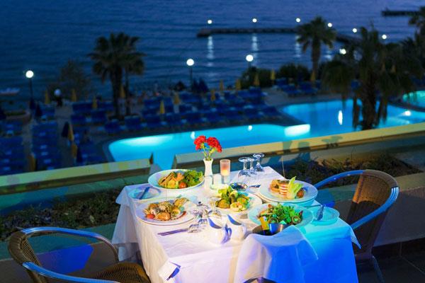 Fantasia Hotel De Luxe Acun Travel Agency In Turkey