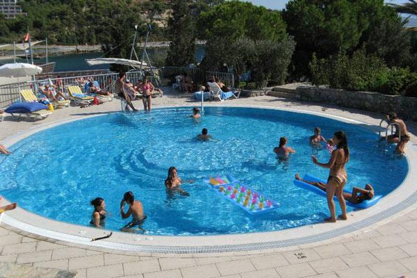 Pine Bay Holiday Resort       - Acun Travel